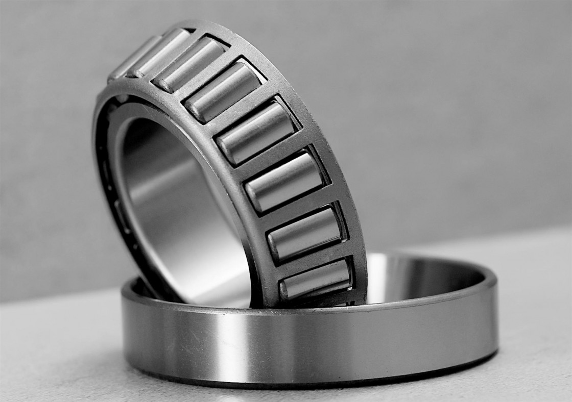 Koyo SKF NSK NTN NACHI FAG Auto Tapered Roller Bearing P5 Quality 6004 6204 6304 6404 6802 6902 16002 6002 6202 6302 Zz 2RS Rz Open Deep Groove Ball Bearing